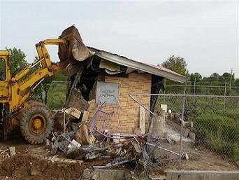 قلع و قمع 40 بنای غیر مجاز در اراضی شهرستان ابهر