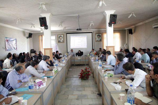 آذربایجان غربی در اجرای طرح آبیاری و زهکشی شبکه های فرعی در غرب و شمالغرب کشور، پیشرو است