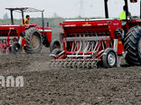 تخصیص 12هزار دستگاه تراکتور و 800 دستگاه کمباین در سال زراعی جاری