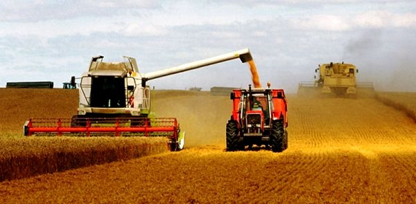 ضریب مکانیزاسیون کشاورزی شهرستان رازو جرگلان ۱.۷ درصد است