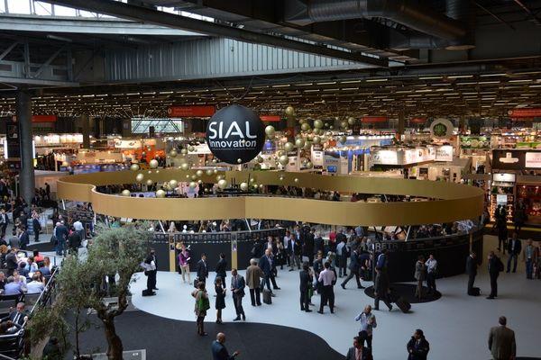 اعتراض ایران به فرانسه درباره نمایشگاه سیال