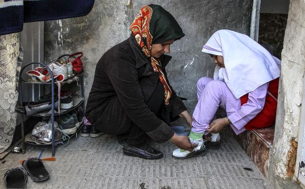 بد عهدی وزارت کار درباره بیمه زنان سرپرست خانوار